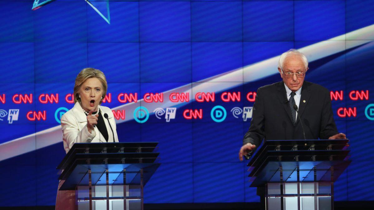 Sanders y Clinton tienen su debate más acalorado y combativo en Brooklyn