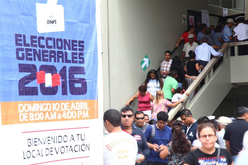 Habrá segunda vuelta en elecciones peruanas