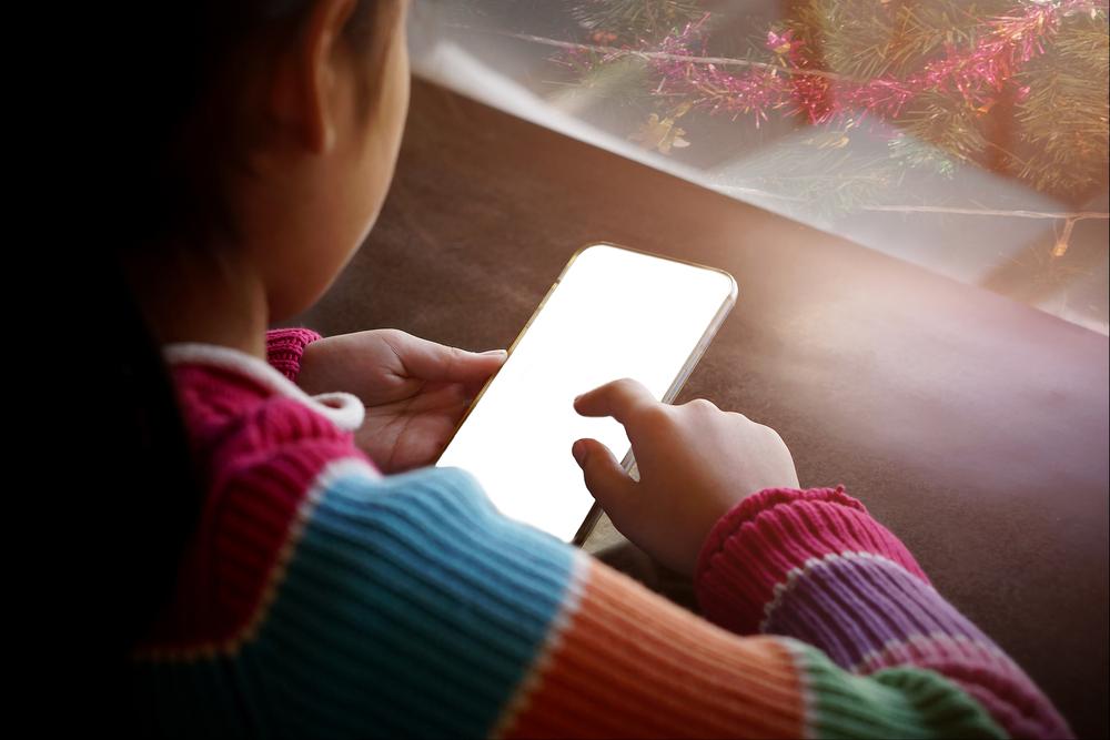 El celular no es un juguete y sí puede ser un peligro