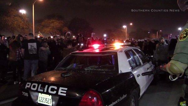 Trump pagó más de $15,000 por fuerte presencia policiaca durante mitín en Costa Mesa