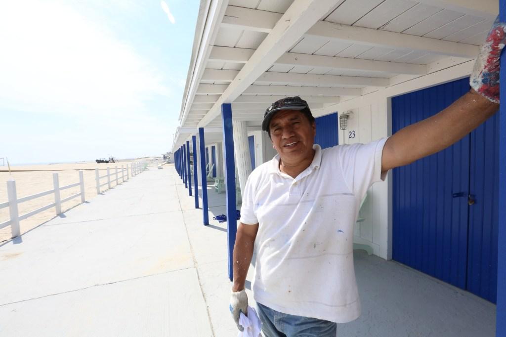 Nuestros Barrios - Atlantic Beach - Nassau County- Long Island. Photo Credito Mariela Lombard/El Diario NY.