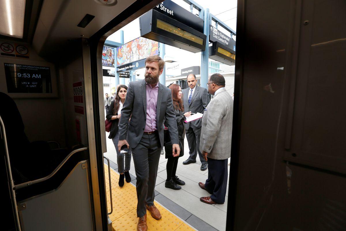 La línea Expo de Metro ya alcanza el objetivo de pasajeros de 2030