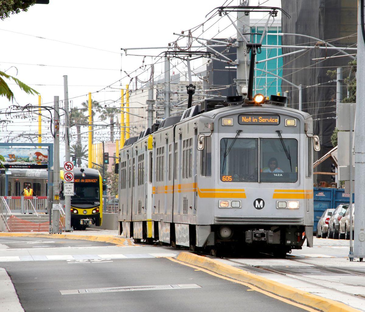 Servicio de Metro establece cambios de horarios en Los Ángeles