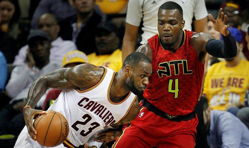 Cavaliers arrasan con los Hawks