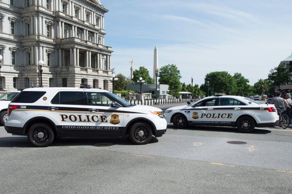 Alerta en la Casa Blanca: disparan y detienen a un hombre armado