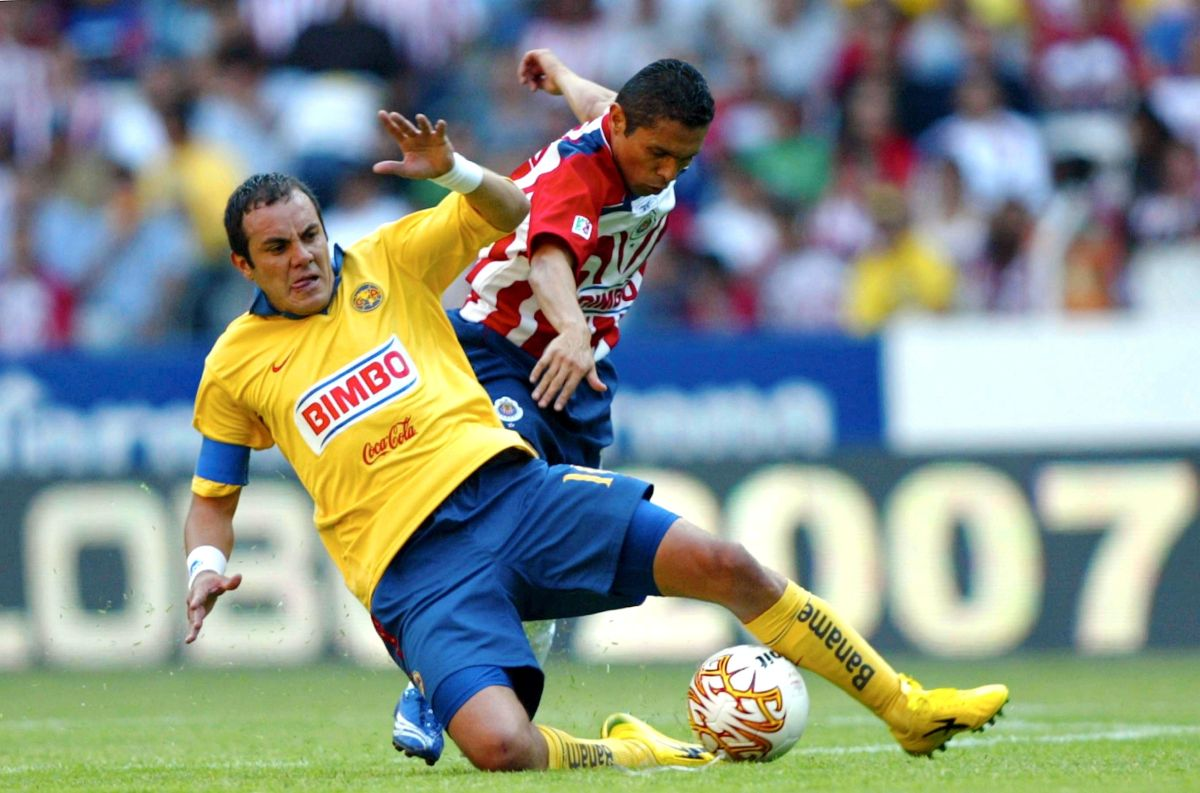 Cuauhtémoc Blanco y Ramoncito Morales en las Semifinales del Clausura 2007.