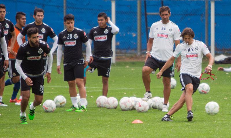 Chivas cree que la medida les beneficiará, pues tendrán mucha demanda de parte de los jugadores que buscan una oportunidad en el fútbol profesional.