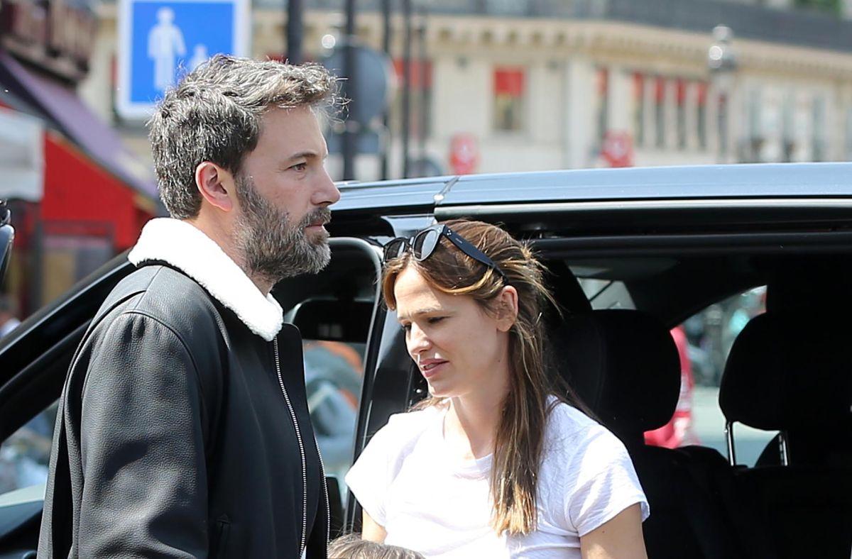 Jennifer Garner llevó a Ben Affleck a rehabilitación tras ser captado con una caja de botellas de alcohol