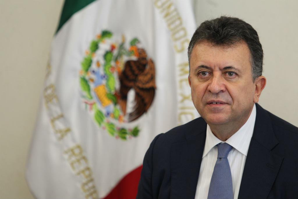 "Cónsul mexicano a Trump: ""No nos vamos a quedar sentados a ver cómo se nos ataca"""