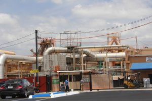 Demandan a recicladora de baterías Quemetco por violar leyes de medio ambiente