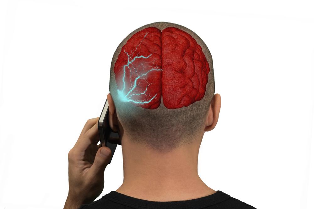 Cómo saber si tu móvil emite mucha radiación