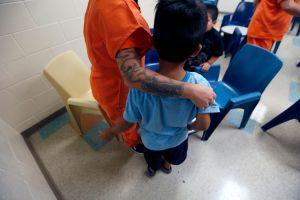 El niño más pequeño separado de su familia inmigrante en Estados Unidos