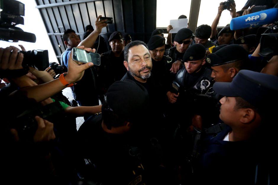 Guatemala: Detienen a dos exministros de Pérez Molina por corrupción