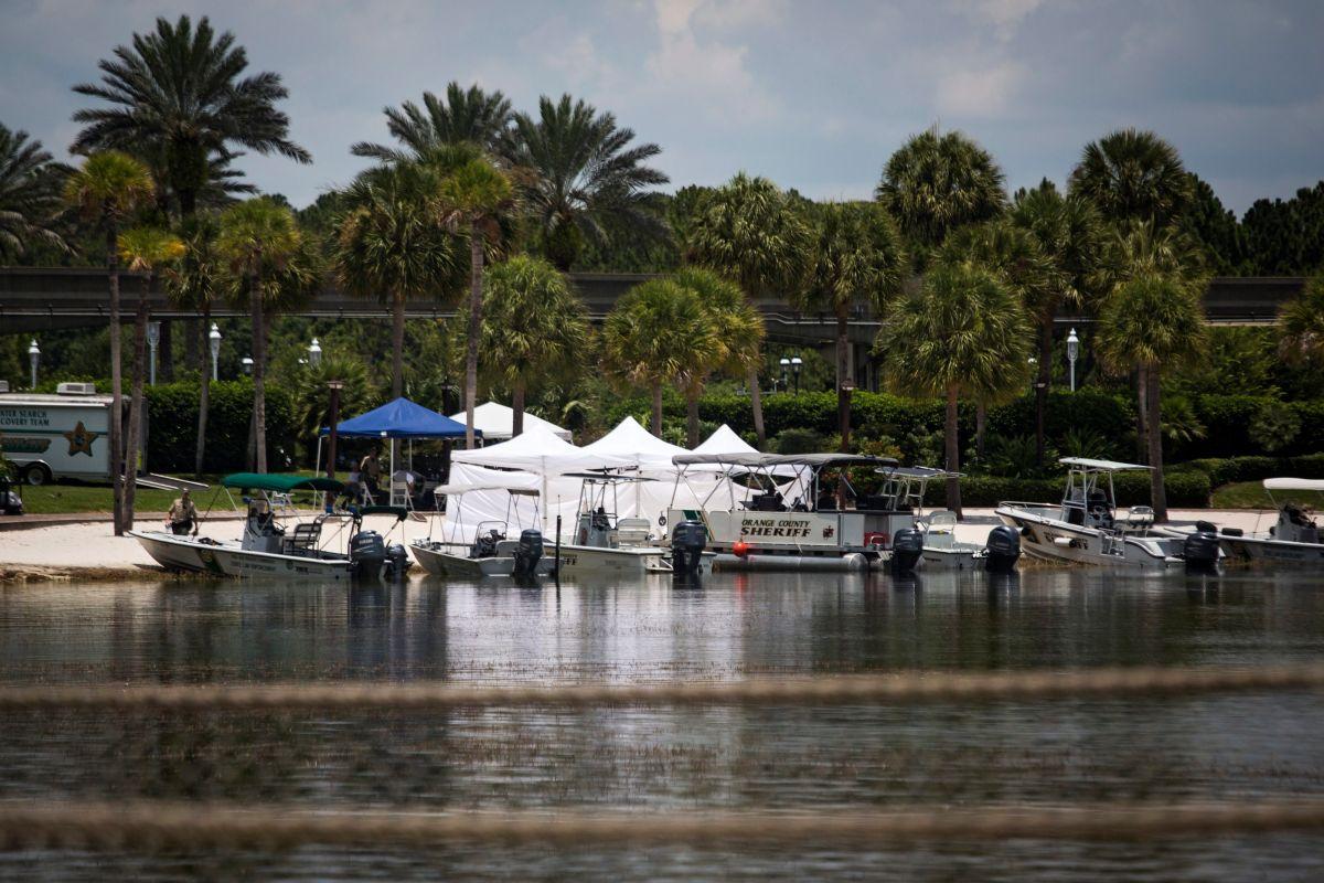 Cercan el lago donde un caimán arrastró a un niño en Florida