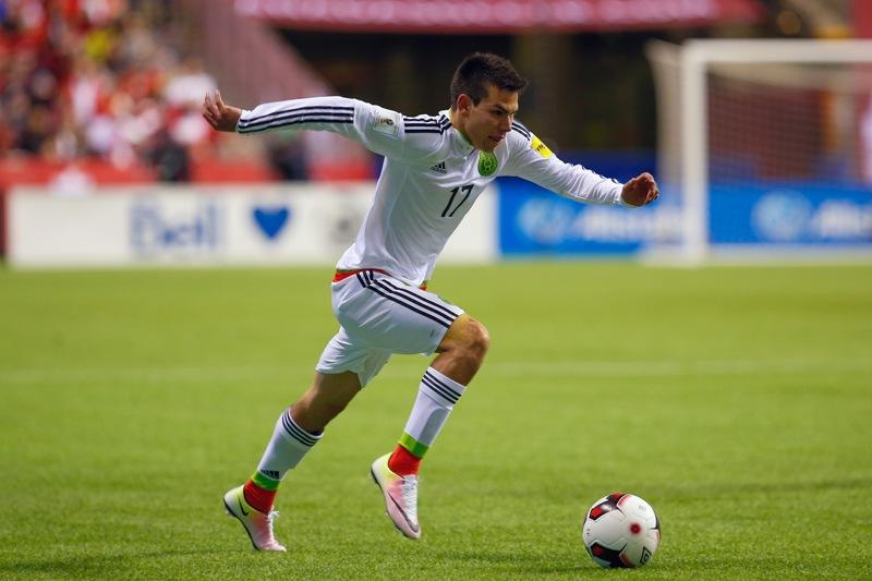 El 'Chucky' Lozano está concentrado en Copa América y deja a Europa para después