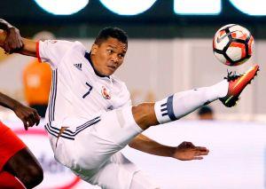 """Carlos Bacca: """"No pensamos en rivales pensamos en Colombia"""""""