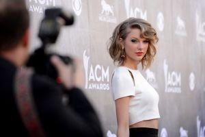 Fotos: Taylor Swift ya conoce a la familia de Tom Hiddleston