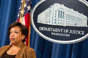 Administración Obama pide nueva audiencia sobre alivios migratorios ante el Supremo