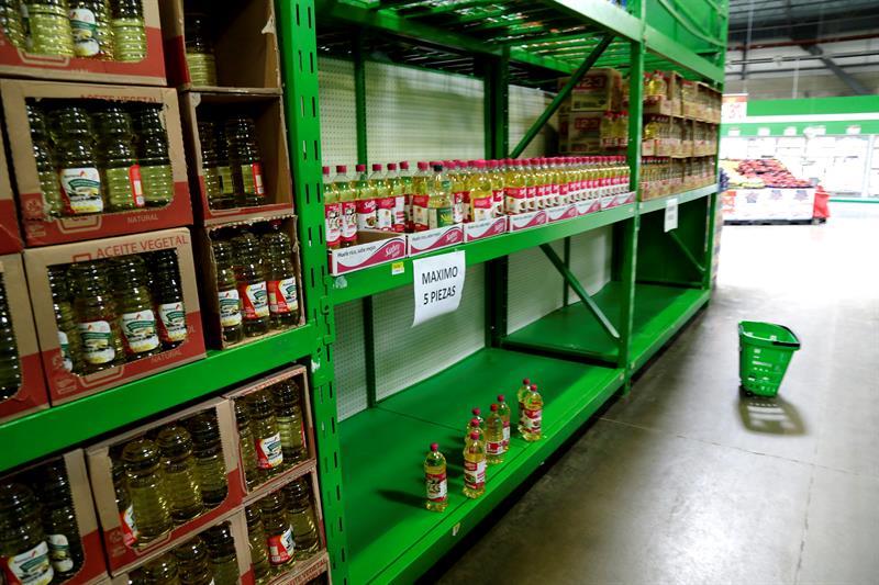 Caen 80% las ventas en Oaxaca por bloqueos de la CNTE