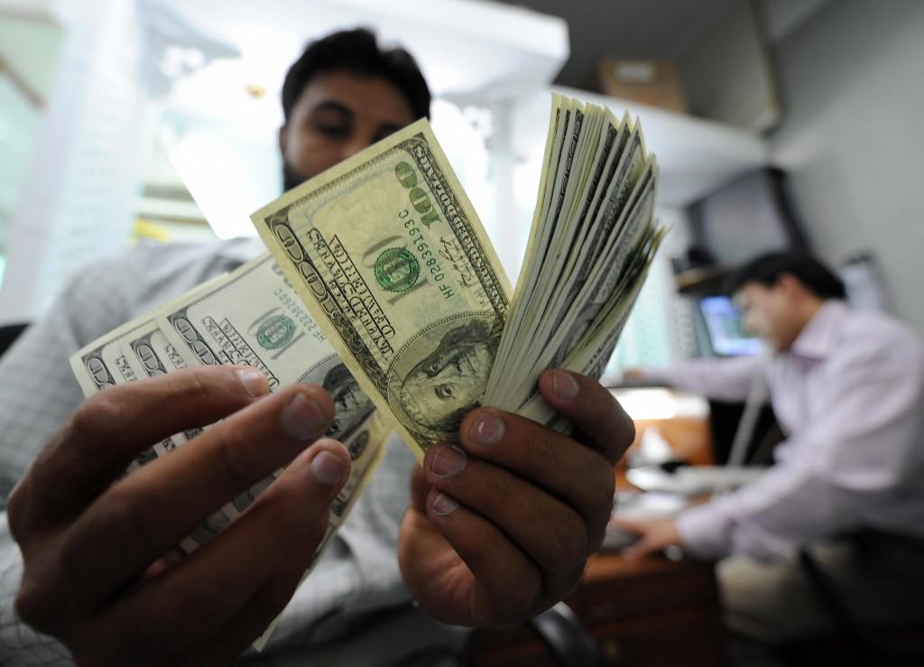 En todo el mundo se envían a otros países 600,000 millones de dólares en remesas.