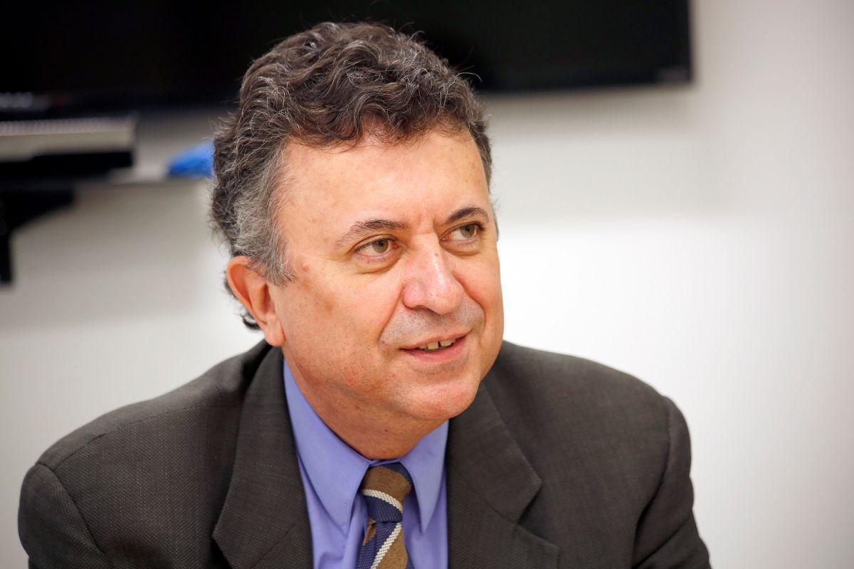 Carlos García de Alba, Cónsul general de México en Los Ángeles,