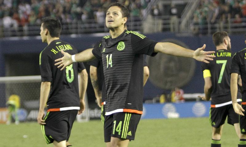 Xabi considera que Chicharito está hecho para jugar en el Bayern Múnich