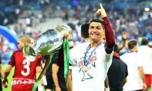Video: El gran gesto que tuvo Cristiano Ronaldo en la final de la Euro