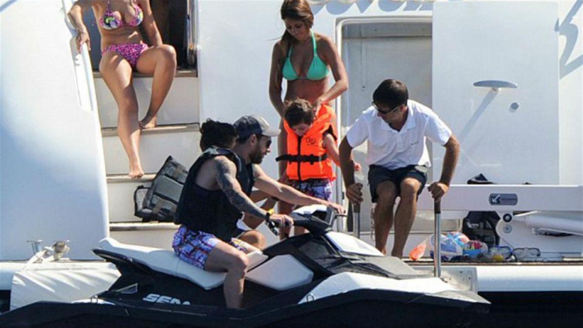 FOTOS: Conoce el lujoso yate en el que Messi pasa sus vacaciones en Ibiza