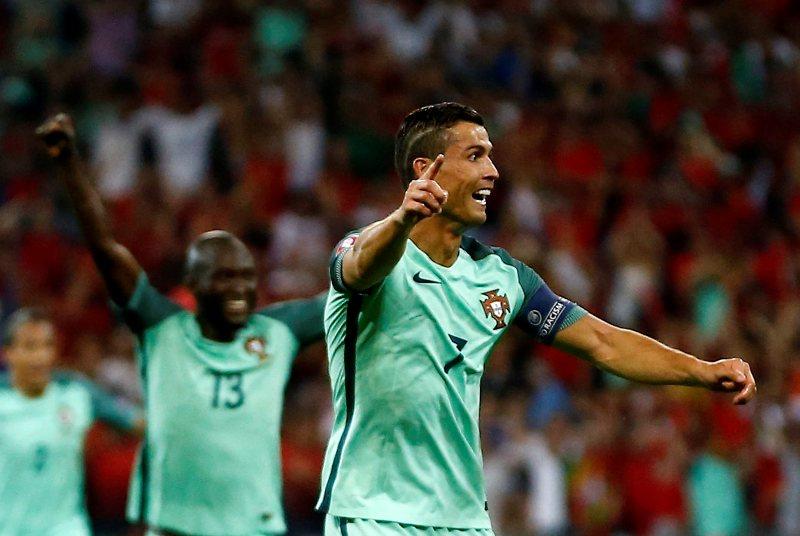 Cristiano iguala a Platini y bate dos récords más