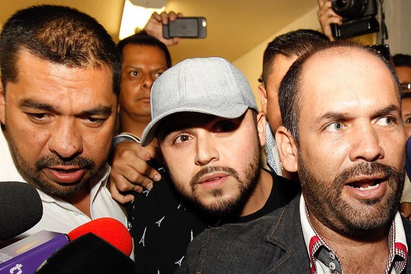 Alcalde veracruzano paga parte de la fianza de Gerardo Ortiz