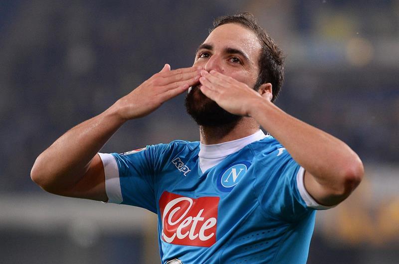 Oficial: Gonzalo Higuaín pasa a la Juventus por 90 millones de euros