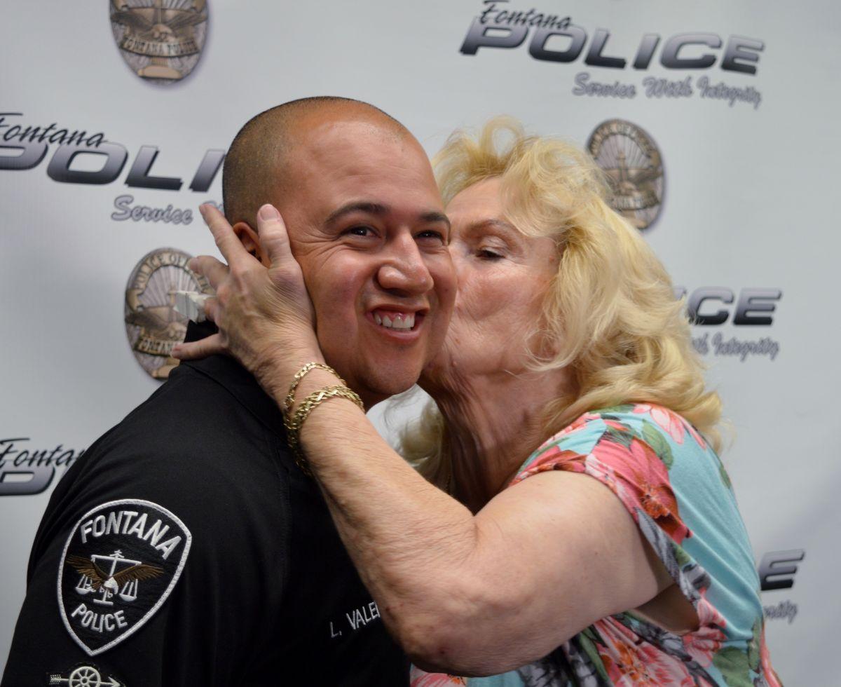 Una multa de tránsito le salva la vida a mujer de Fontana