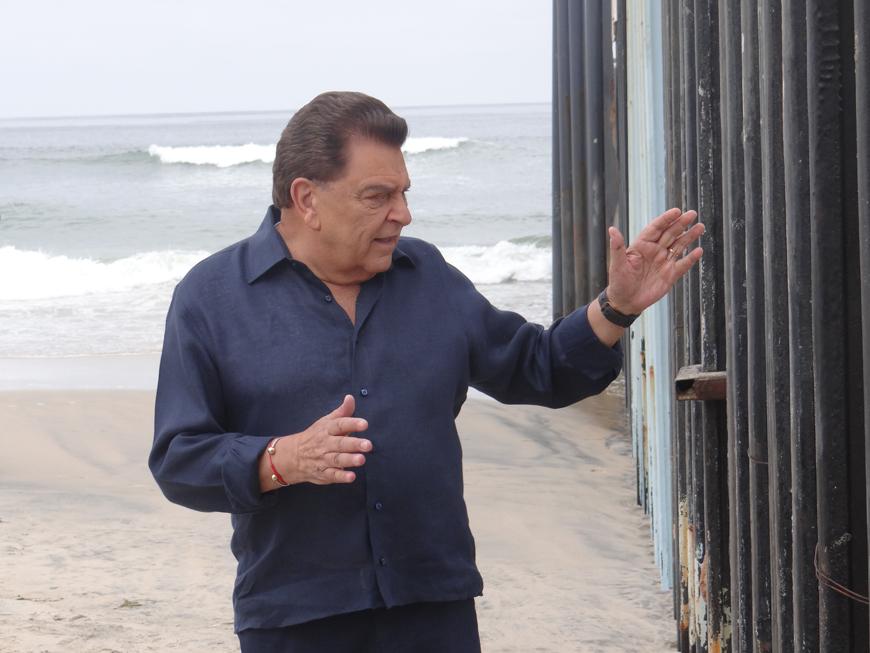 Don Francisco nos habla de su debut oficial en Telemundo desde la frontera