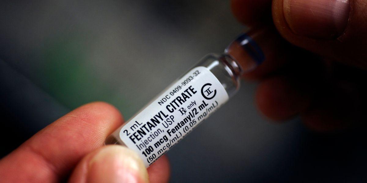 DEA: Narcos causan más de 30 muertos en Arizona con medicina falsa