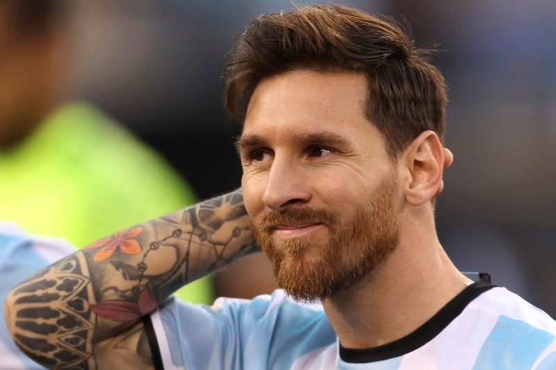 La AFA preguntará a Messi si quiere volver, pero no su opinión del entrenador
