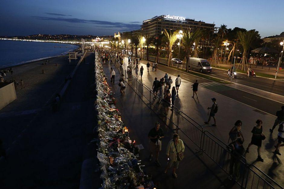Acusan a cinco por el ataque en Niza donde murieron 84 personas