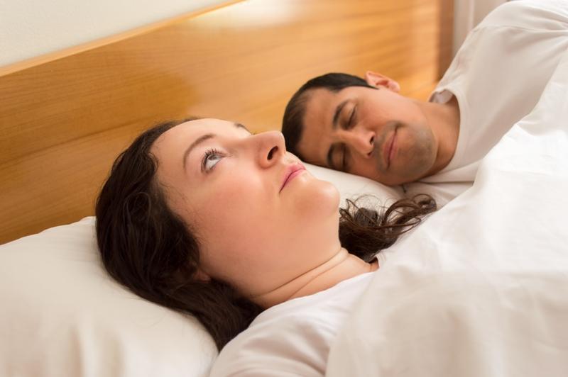 Descubre las causas y síntomas de sufrir insomnio