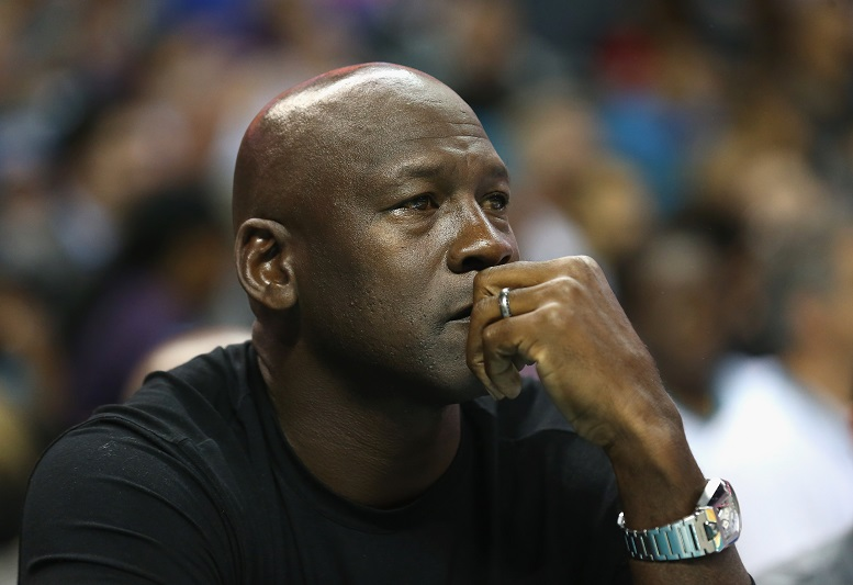 Michael Jordan llama a la unidad y evitar la violencia racial