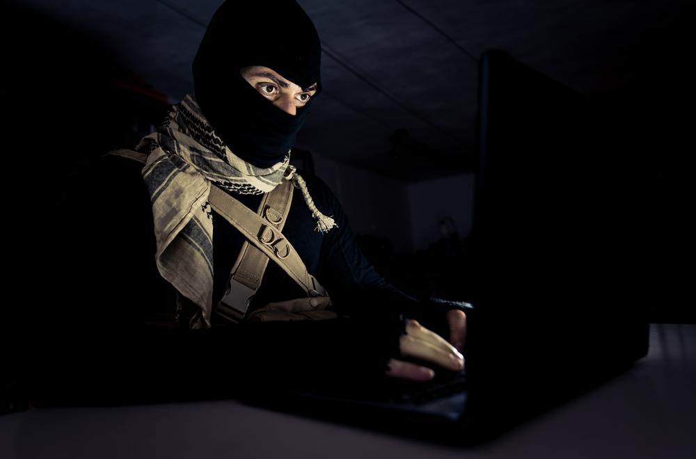 Demandan a Facebook por $1,000 millones por apoyar a terroristas