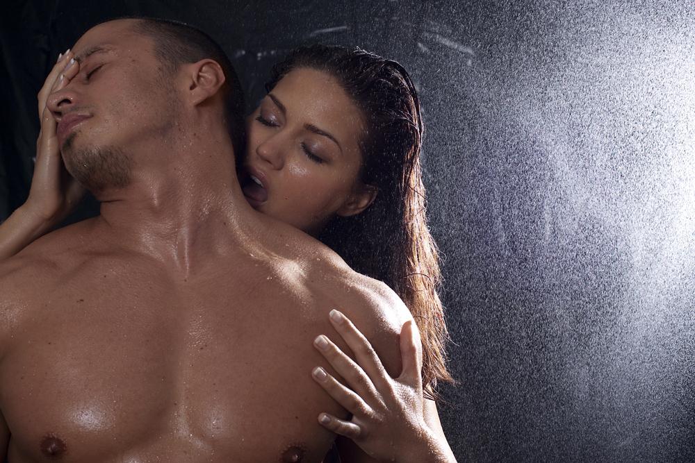 Cinco tips para tener sexo en la ducha
