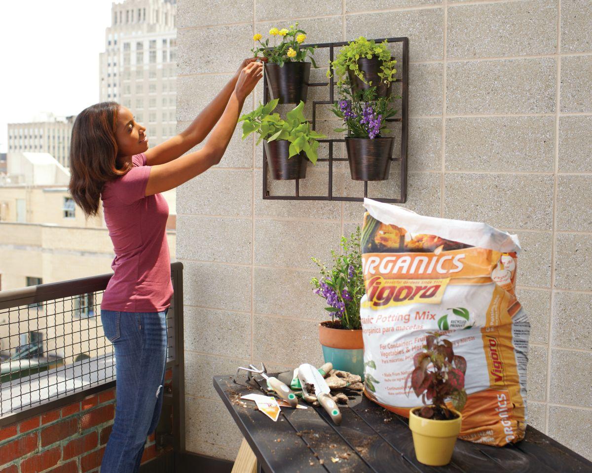 Haz un jardín en tu pequeña terraza o patio