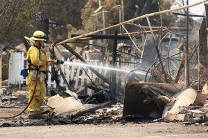 Incendio BlueCut: Un monstruo de fuego continúa su paso en San Bernardino