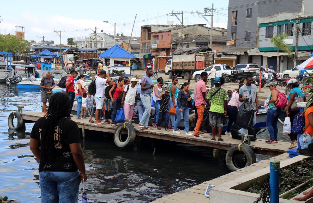 Colombia evalúa posibles deportaciones de cubanos refugiados