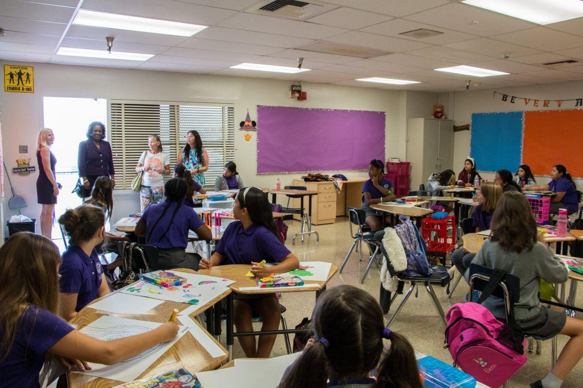 Por primera vez en la historia del LAUSD, una escuela pública será solo para niñas