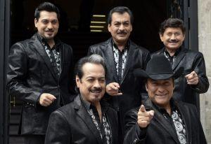 Tigres del Norte estrenan homenaje a Vicente Fernández