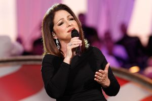 Gloria Estefan confiesa que tuvo coronavirus a principios de noviembre