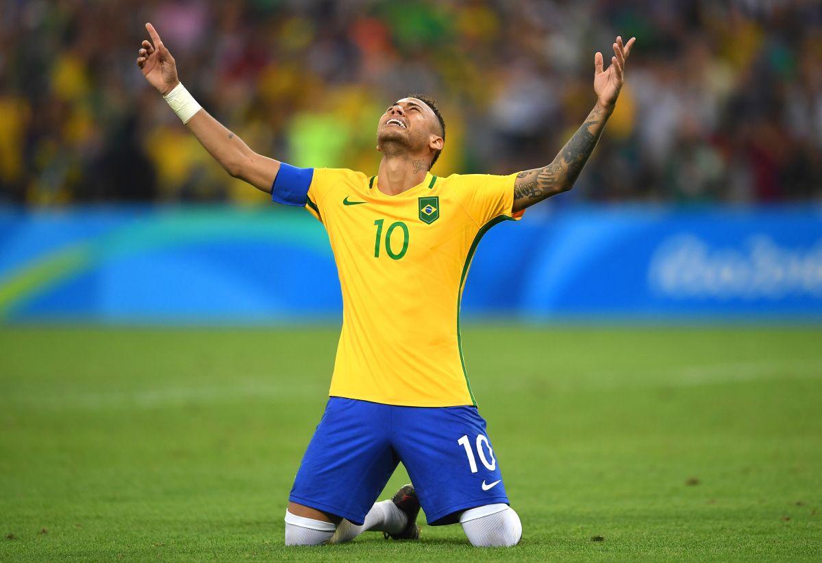 ¡Neymar le da el oro a Brasil sobre el césped del Maracaná!