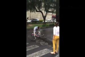 Video: Pareja ataca a ciclista en la Ciudad de México y les dicen #LordDodge y #LadyDodge