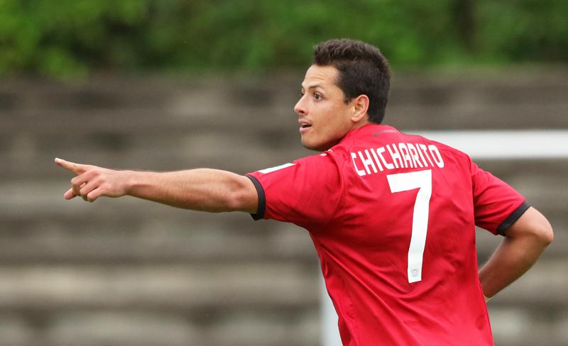 Hat-trick del Chicharito surte efecto y es elegido Jugador del Mes en la Bundesliga