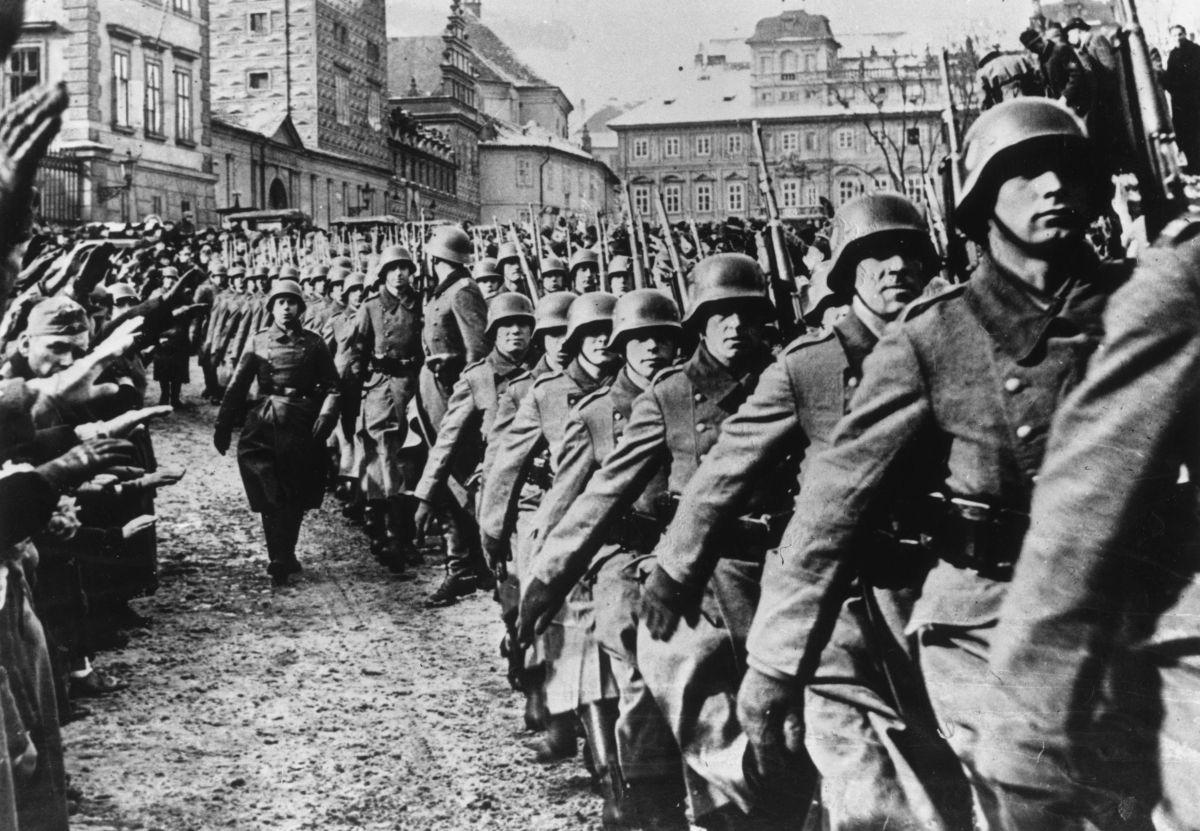 Polonia reclama a un carpintero de Minnesota, identificado como criminal de guerra nazi
